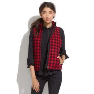 Madewell • Fireside Vest in Buffalo Plaid